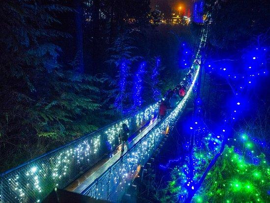 Nord-Vancouver, Canada: Suspension Bridge crossing