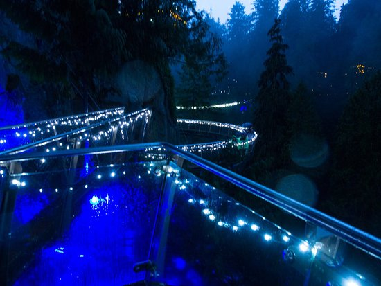 Nord-Vancouver, Canada: Cliff walkway