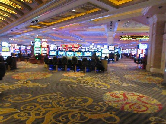 Slot machines niagara falls new york obtenir jetons gratuit zynga poker