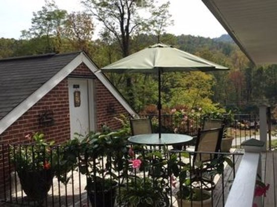 Lake Lure, Carolina del Norte: balcony by rooms