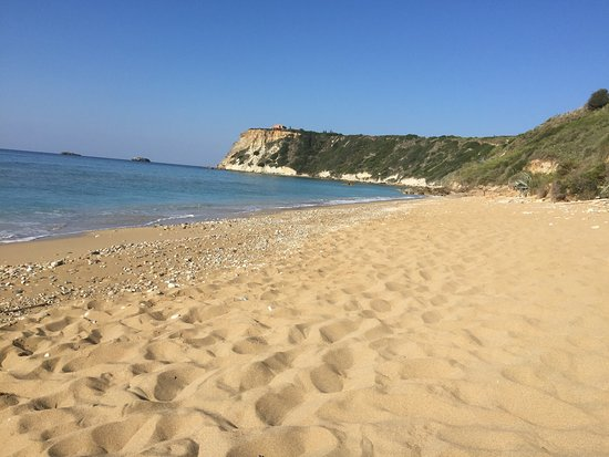 Lourdata, Greece: 20-25 mins walk