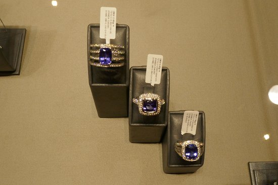 Cape Town Diamond Museum: Get a ring