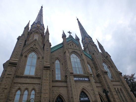 St. Dunstan's Basilica: 美しい