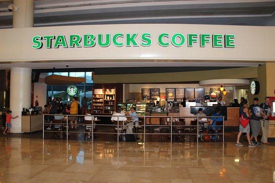 Starbucks sucks in cancun review of starbucks cancun for Puerta 6 aeropuerto ciudad mexico