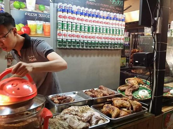 street food quality in ho chi 24052016  underground in ho chi minh city:  back-alley bars, and the endless street food stalls here,  aided by high-quality local fabrics,.