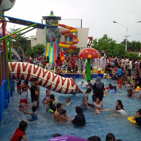 Lampung Walk