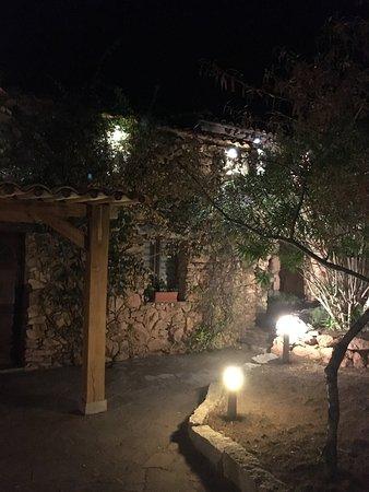 Figari, Francia: Pozzo di Mastri