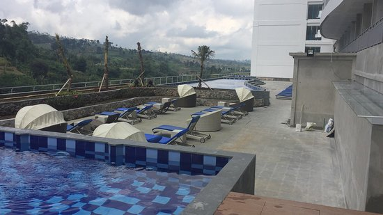 photo7 jpg picture of sahid eminence hotel convention resort rh tripadvisor com sg