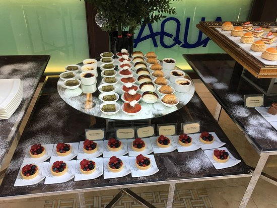 Four Seasons Istanbul at the Bosphorus: Desserts served at New Years Brunch 1 January 2017 and front of hotel at night