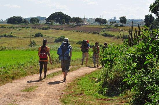 Phyu Phyu Trekking: trekking