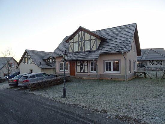 Ediger-Eller, Niemcy: FV14 huisje van buiten