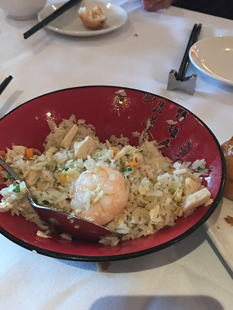 Pearl of the Orient: very average food, but charged a lots more than the normal price
