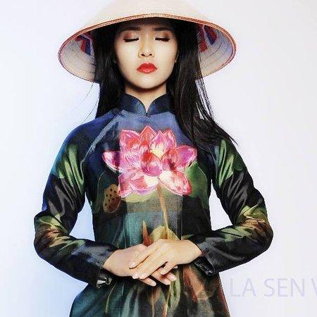 Ao Dai Sen Vu