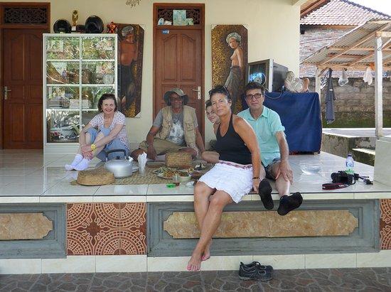 Suara Air Luxury Villa Ubud: Déjeuner chez le propriétaire