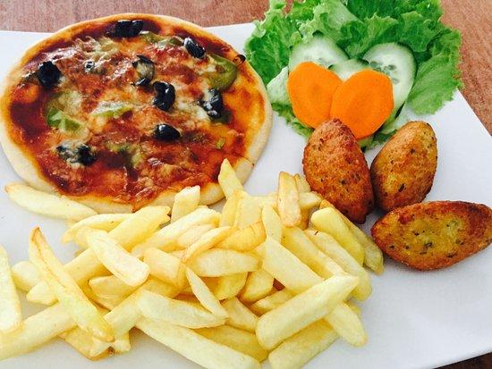Algueirao - Mem Martins, Portugal: Pizza mixmax
