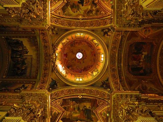la cupola billede af basilica di santo stefano lavagna tripadvisor. Black Bedroom Furniture Sets. Home Design Ideas