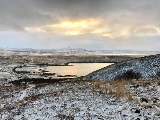 Región Capital, Islandia: View from a hiking train, looking southeast