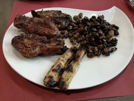 Carrilera de cerdo a la brasa - Café de la Selis (Vidreres - Girona)
