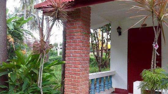 Aonang Mountain Paradise: dernier bungalow avec vue sur construction
