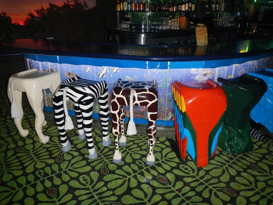 Cool Animal Themed Bar Stools Bilde Av Rainforest Cafe I