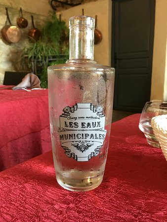 Labastide-de-Virac, France: Bottle of water