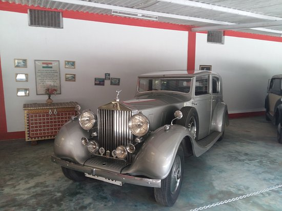Auto World Vintage Car Museum: An Antique Rolls Royce