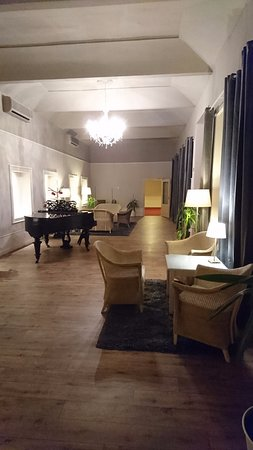 Unitas Hotel: Lounge area