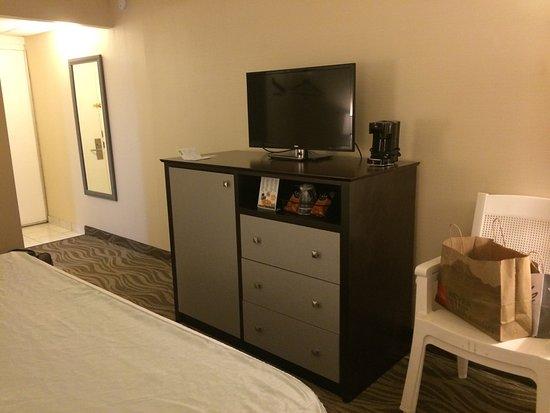 ذا بريكرز هوتيل آند سويتس: The Breakers Hotel & Suites