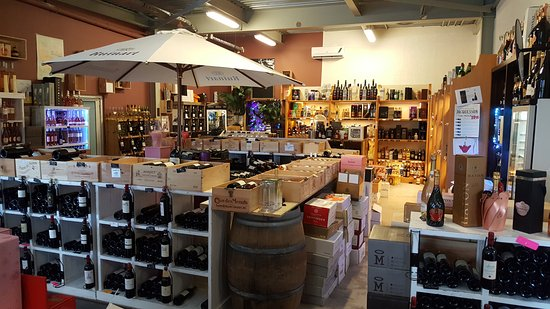 Grand Case, St. Maarten-St. Martin: Some of the wine at this wonderful shop