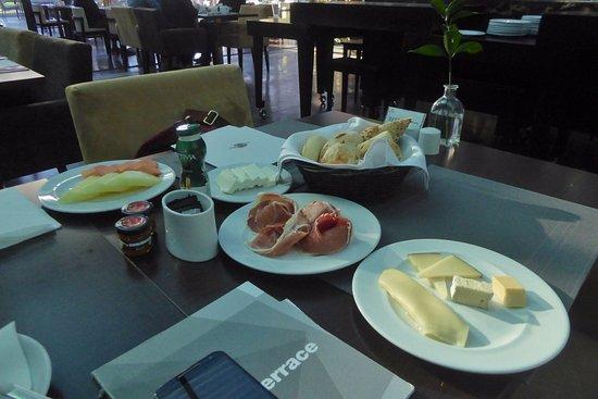 Sheraton Cascais Resort: A la Carte Frühstück