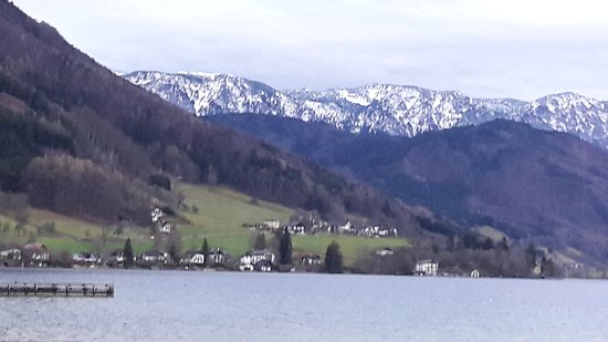Gasthof Sonne: Another view from lake side.