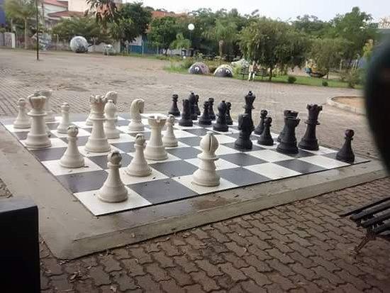 Praça dos Exageros