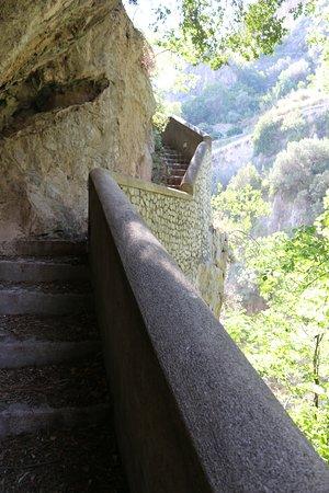 Fiordo di Furore, Italy: El camino