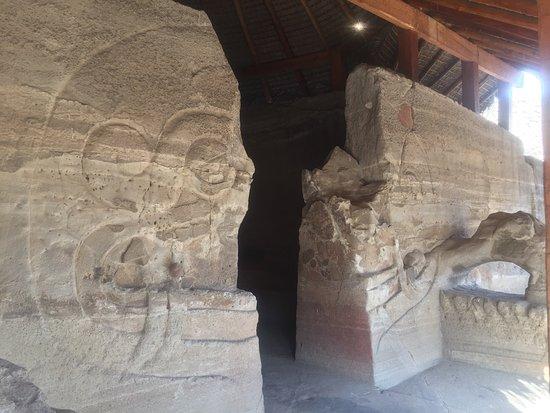 Templo Caucalli: photo1.jpg