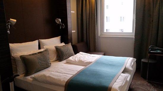 Foto de Motel One Nuernberg-Plaerrer