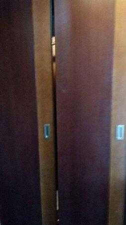 Manhattan Hotel: Quelques photos de la réalité de cet hôtel 5*****