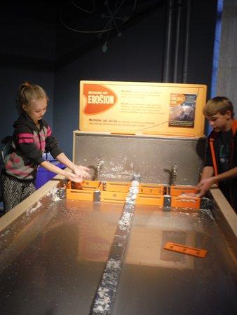 Buffalo Museum of Science: Erosion Exhibit