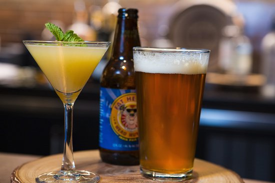 Indiana, PA: Cool off with a craft cocktail or a cold beer
