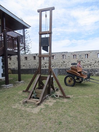 Fort Teremba: guillotine