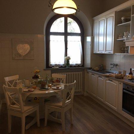 Villa Ostignano: cucinotto al primo piano/ kitchenette on the first floor