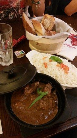 La Brioche: Carne in umido con riso