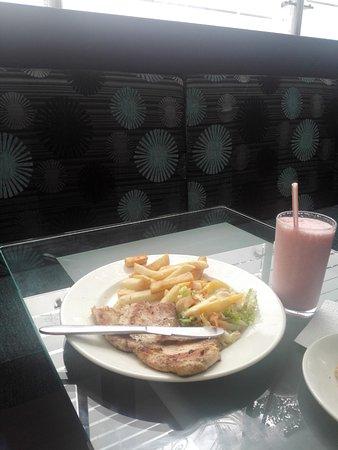Hotel Calima Real: Rico