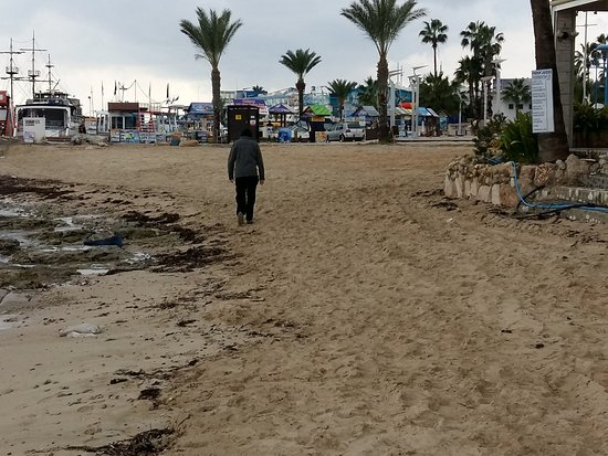 Atlantica Club Sungarden Hotel: This is just a part of the beach walk to the harbour