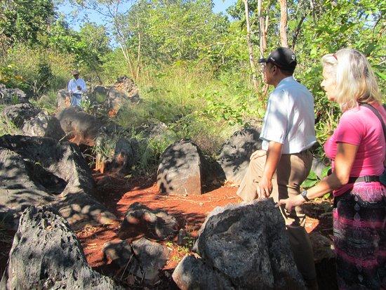 Rakhine State, Myanmar: the hike to Buddha's footprint