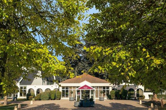 Le Coudray Montceaux, France: L'entrée de l'hôtel