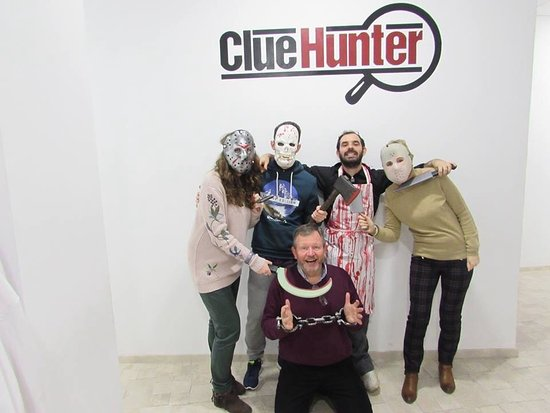 ‪Clue Hunter Zaragoza Room Escape‬