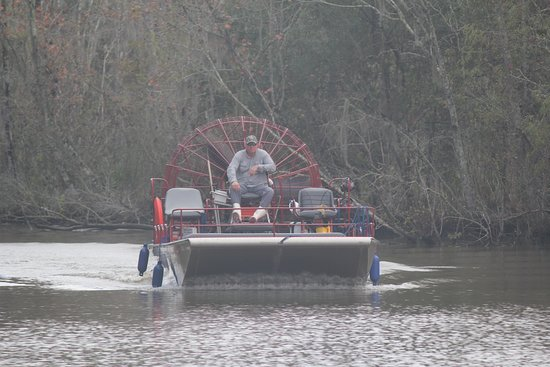 Gibson, LA: Our tour boat guide, Wayne.