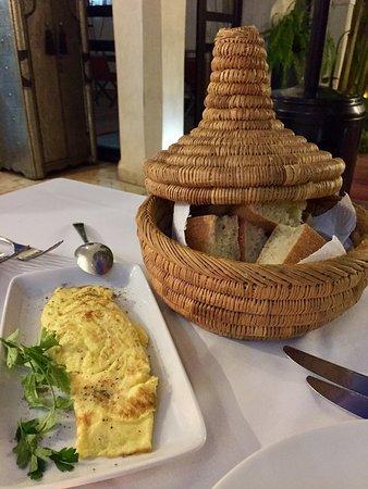 سبا ورياض شانيما: Great food. Preferred eating in the Riad that at the nearby restaurants