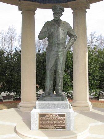 Bedford, Wirginia: Supreme Allied Commander Gen. Dwight D. Eisenhower