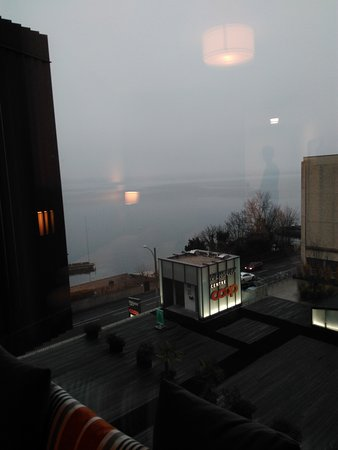 Lake Geneva Hotel: IMG_20161231_162716_large.jpg